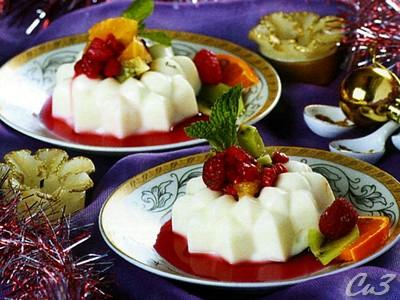 Ванильное желе с фруктовым салатном