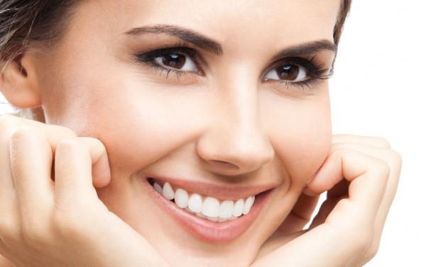 Как выбрать стоматологию для удаления молочных зубов ребенку?