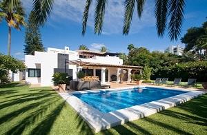 Почему россияне покупают недвижимость в Испании